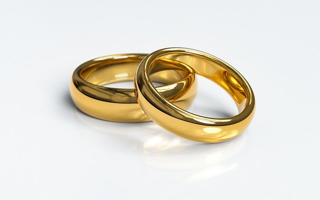 When to consider marriage and family counseling